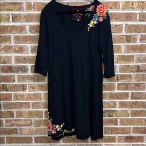 JOHNNY WAS EMBROIDERED COTTON DRESS - L
